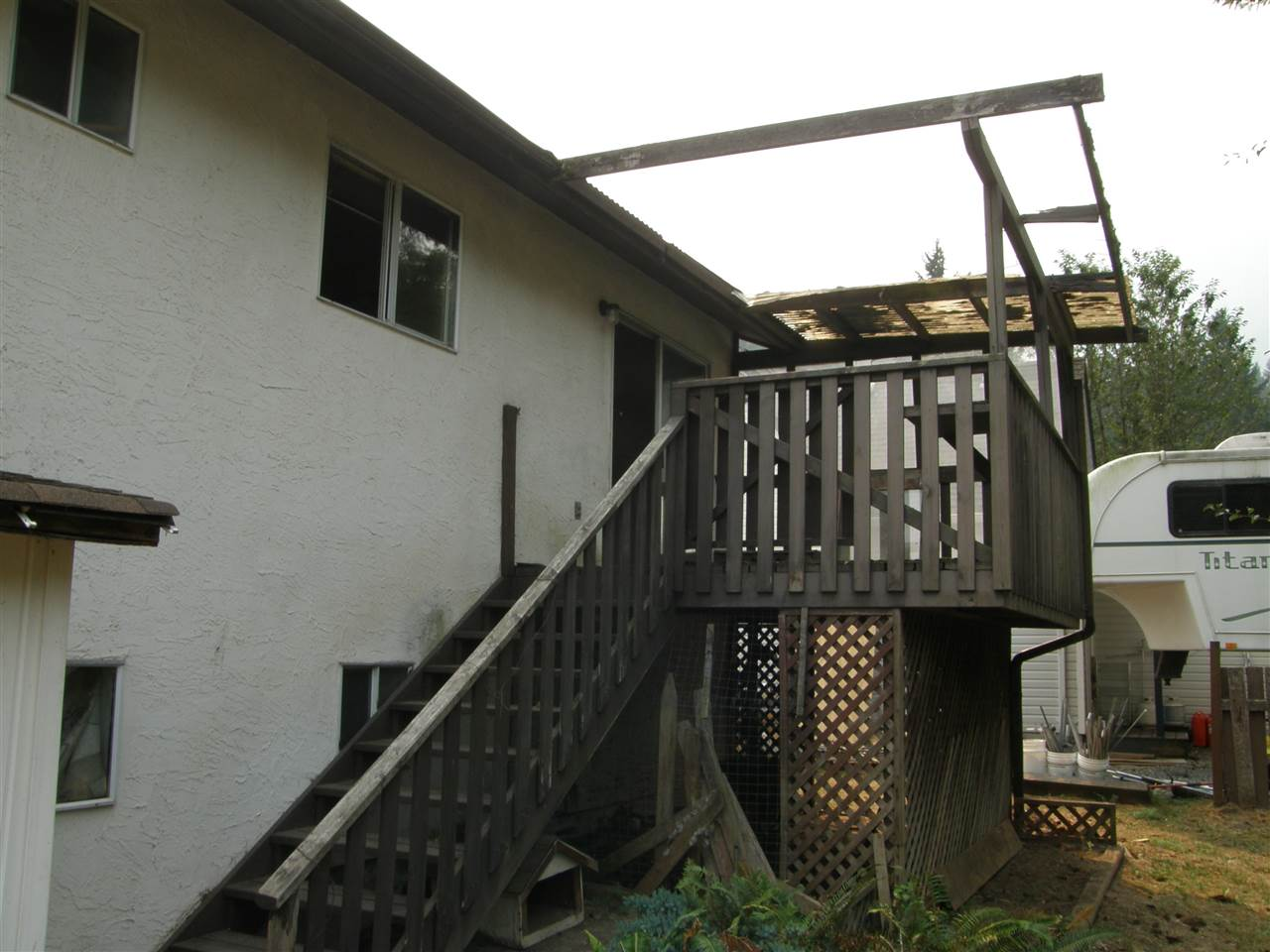 Detached at 21111 LAKEVIEW CRESCENT, Hope, British Columbia. Image 14