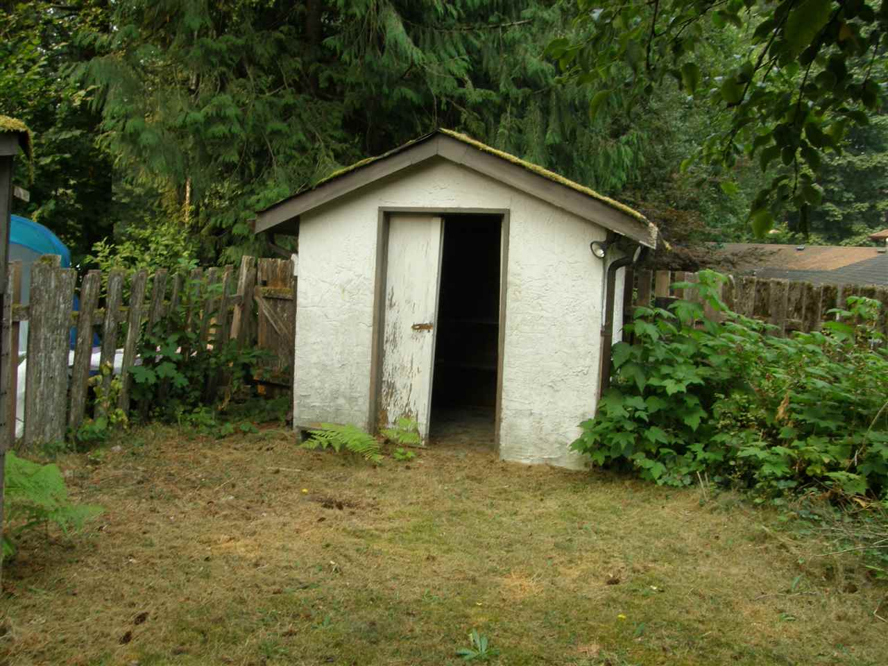 Detached at 21111 LAKEVIEW CRESCENT, Hope, British Columbia. Image 15