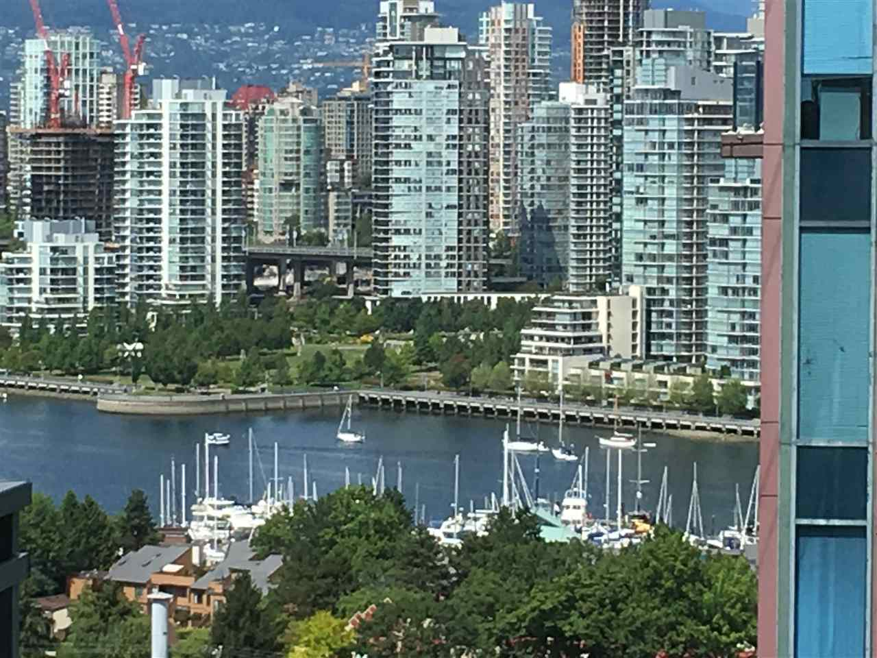 Condo Apartment at 1009 1068 W BROADWAY, Unit 1009, Vancouver West, British Columbia. Image 5