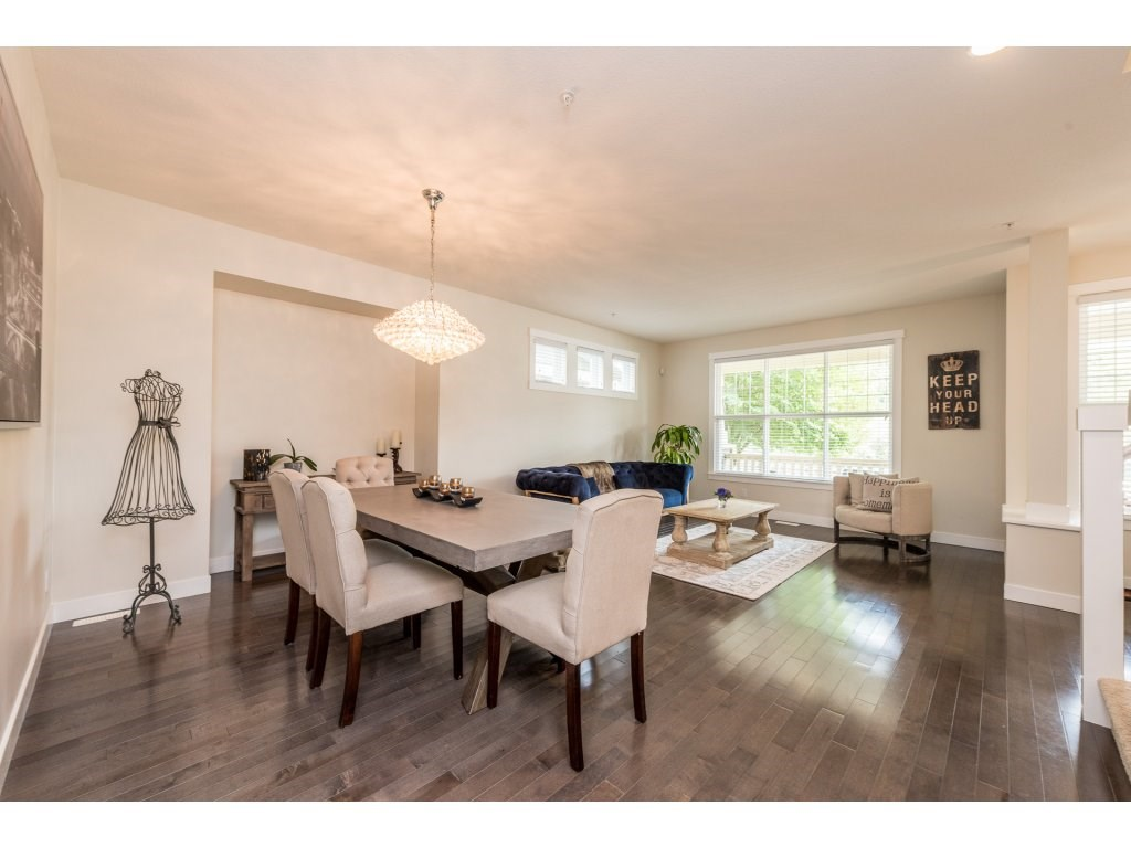 Detached at 22906 BILLY BROWN ROAD, Langley, British Columbia. Image 3
