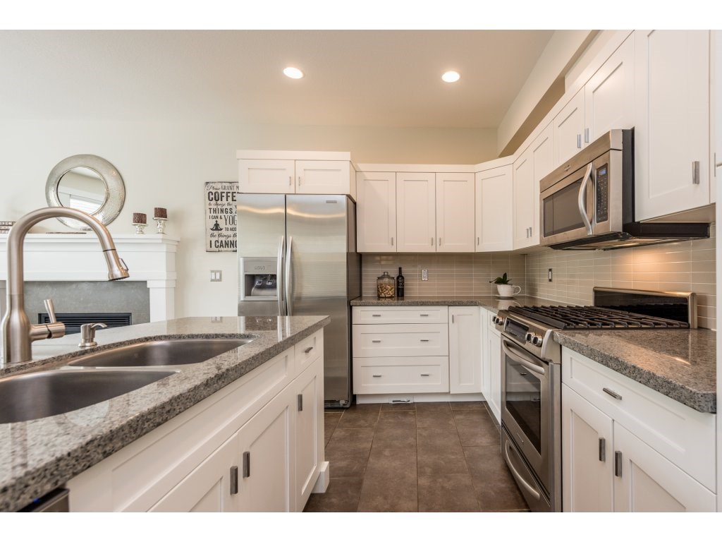 Detached at 22906 BILLY BROWN ROAD, Langley, British Columbia. Image 9