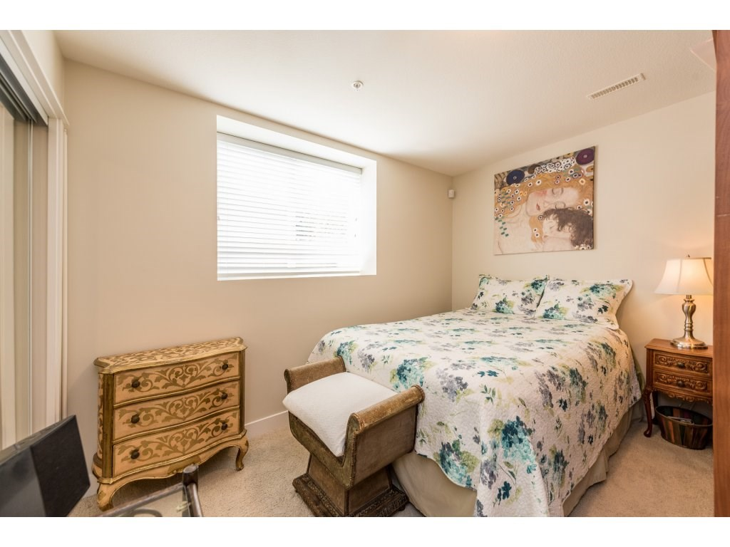 Detached at 22906 BILLY BROWN ROAD, Langley, British Columbia. Image 17