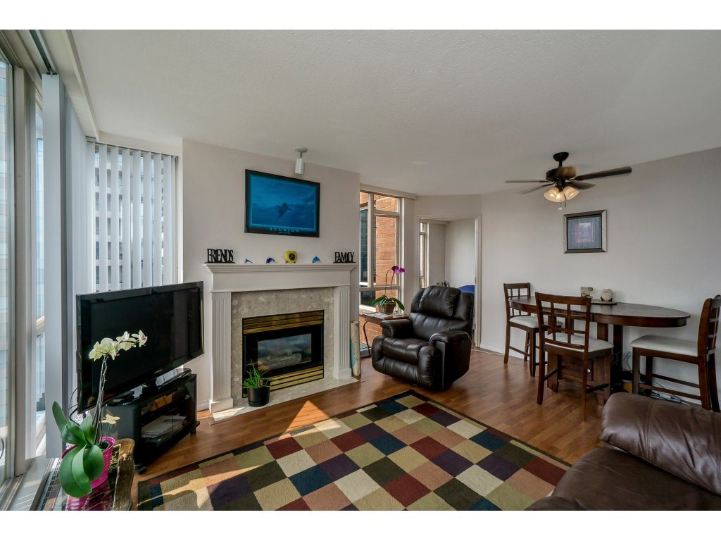 Condo Apartment at 805 4657 HAZEL STREET, Unit 805, Burnaby South, British Columbia. Image 3
