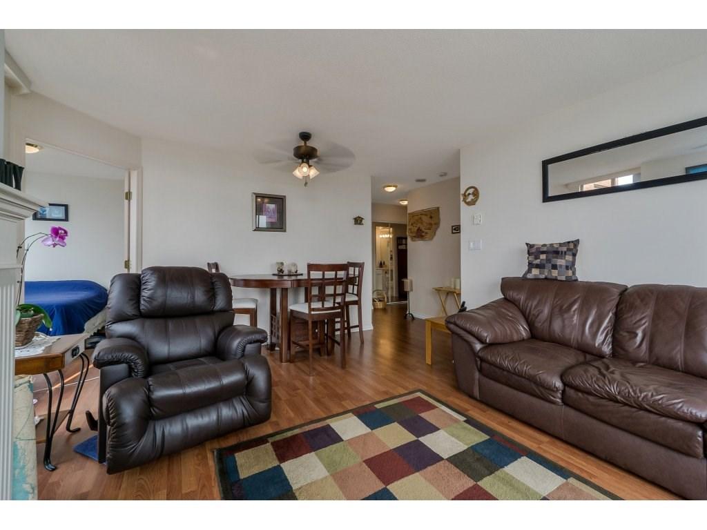 Condo Apartment at 805 4657 HAZEL STREET, Unit 805, Burnaby South, British Columbia. Image 4
