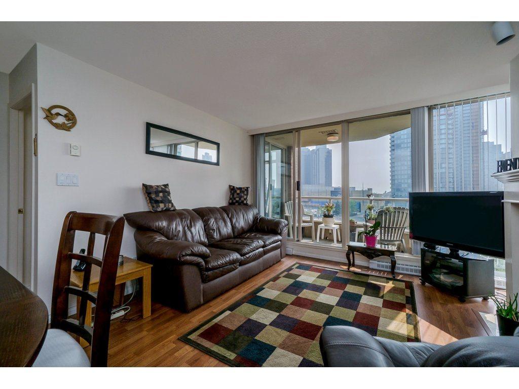 Condo Apartment at 805 4657 HAZEL STREET, Unit 805, Burnaby South, British Columbia. Image 6
