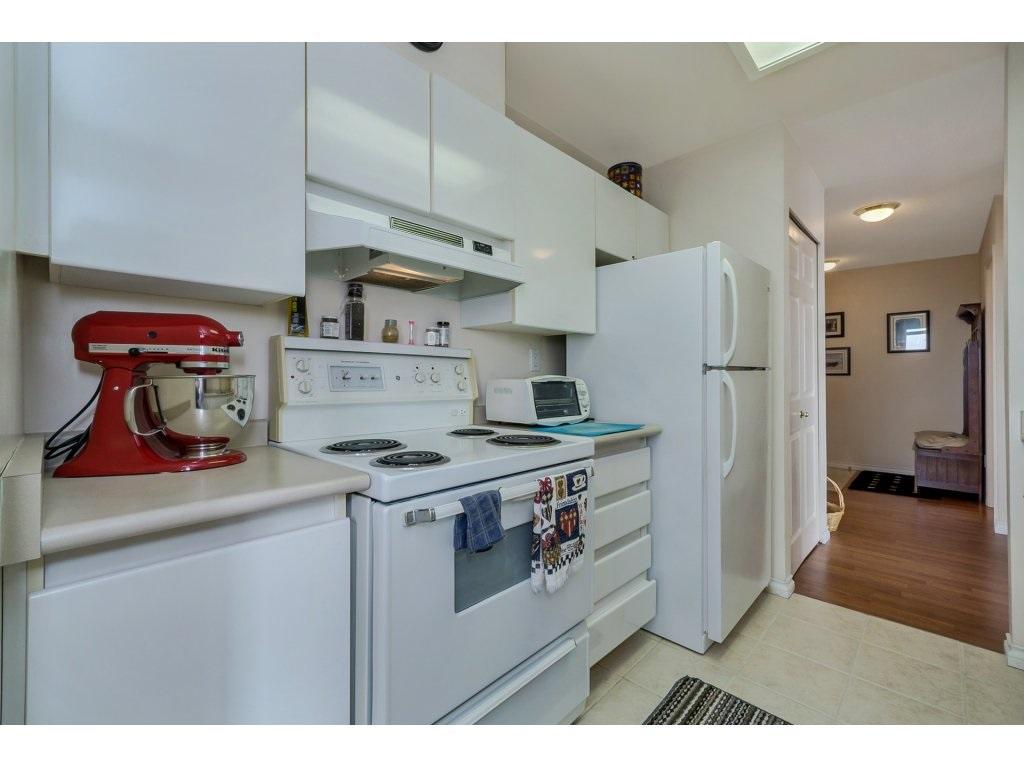 Condo Apartment at 805 4657 HAZEL STREET, Unit 805, Burnaby South, British Columbia. Image 9