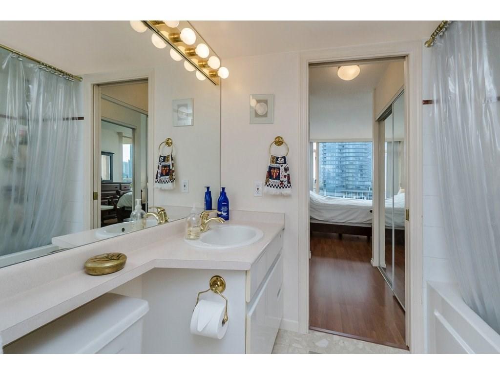 Condo Apartment at 805 4657 HAZEL STREET, Unit 805, Burnaby South, British Columbia. Image 15