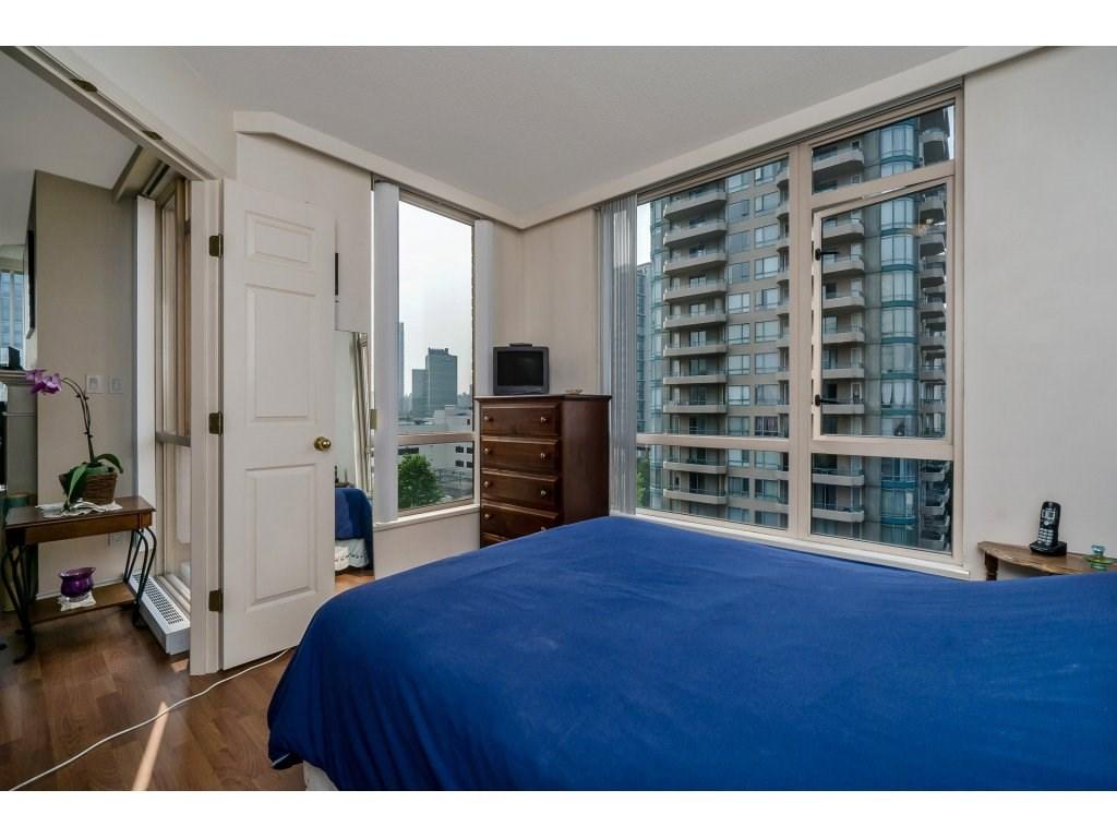 Condo Apartment at 805 4657 HAZEL STREET, Unit 805, Burnaby South, British Columbia. Image 16