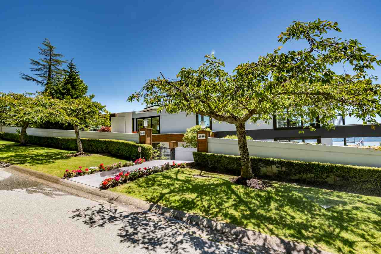 Detached at 2646 CHIPPENDALE ROAD, West Vancouver, British Columbia. Image 20
