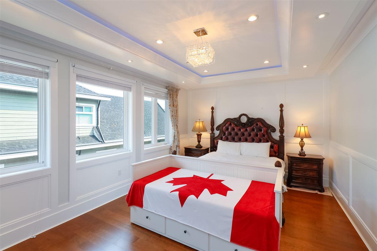 Detached at 5811 MONCTON STREET, Richmond, British Columbia. Image 13