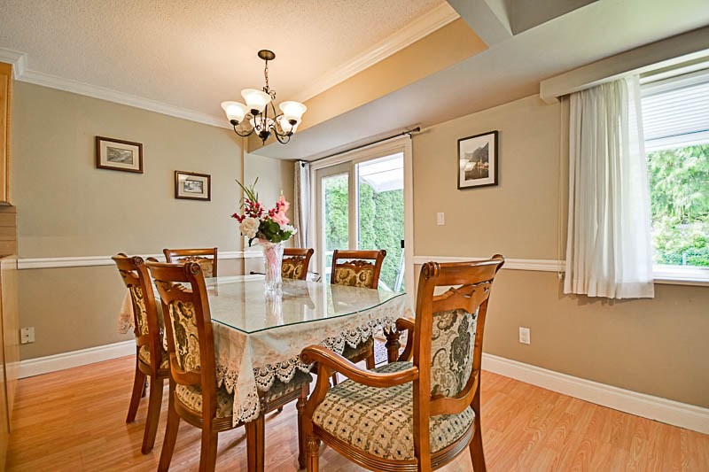 Detached at 7249 MCKAY AVENUE, Burnaby South, British Columbia. Image 9