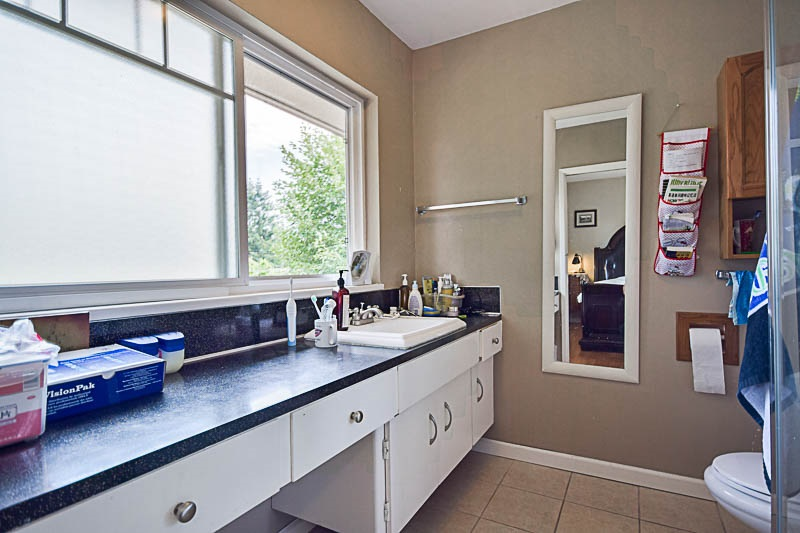 Detached at 7249 MCKAY AVENUE, Burnaby South, British Columbia. Image 12