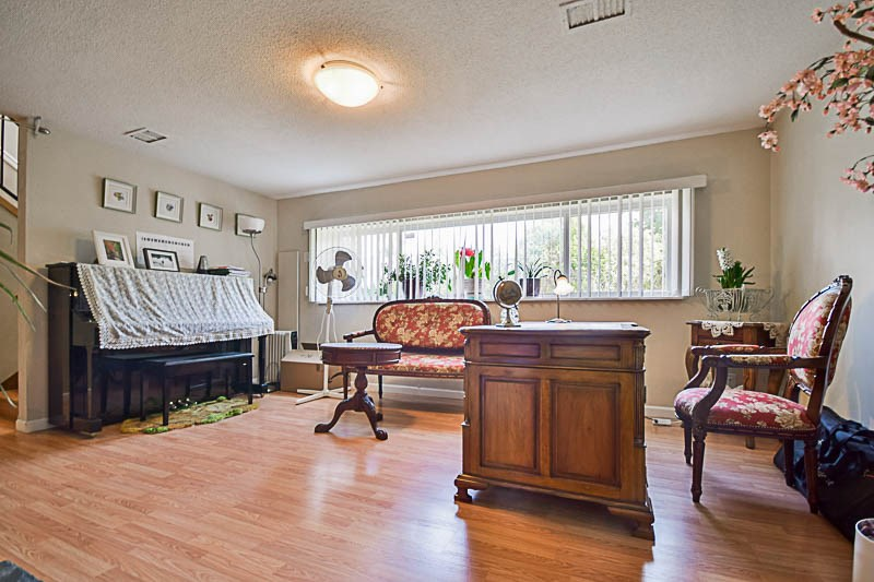 Detached at 7249 MCKAY AVENUE, Burnaby South, British Columbia. Image 14