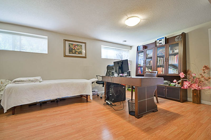 Detached at 7249 MCKAY AVENUE, Burnaby South, British Columbia. Image 17