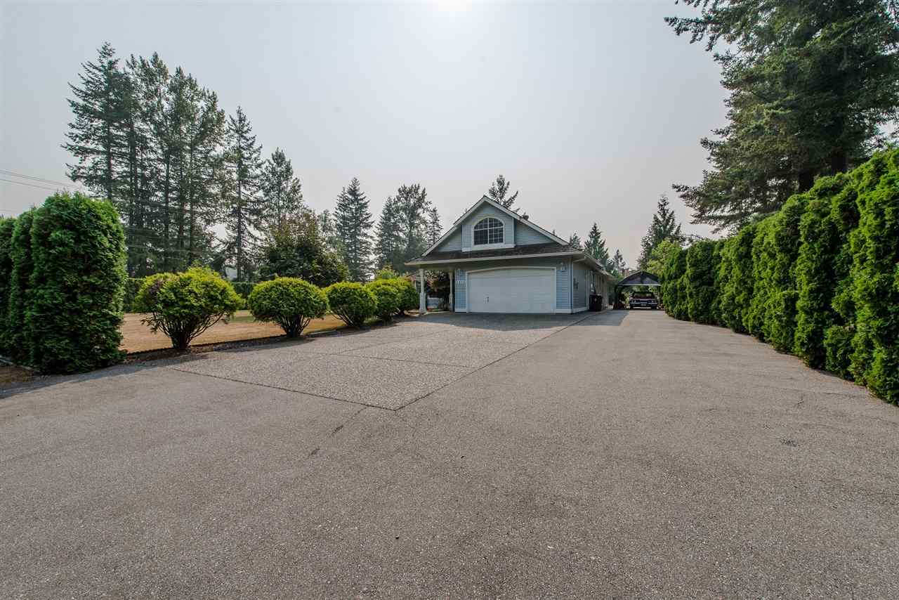 Detached at 5615 252 STREET, Langley, British Columbia. Image 3