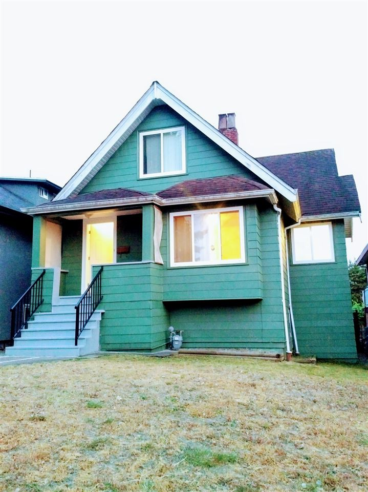 Detached at 2668 E 8TH AVENUE, Vancouver East, British Columbia. Image 1