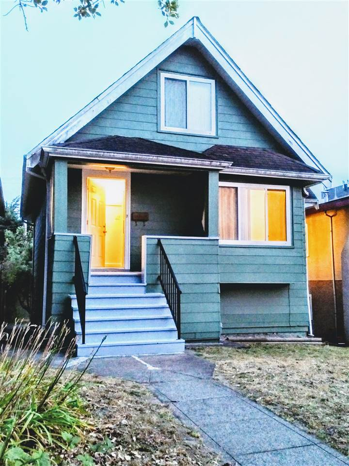 Detached at 2668 E 8TH AVENUE, Vancouver East, British Columbia. Image 17