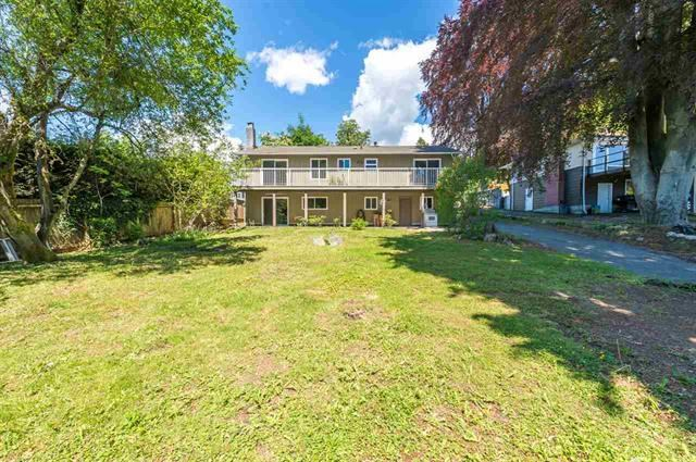 Detached at 245 E KINGS ROAD, North Vancouver, British Columbia. Image 4