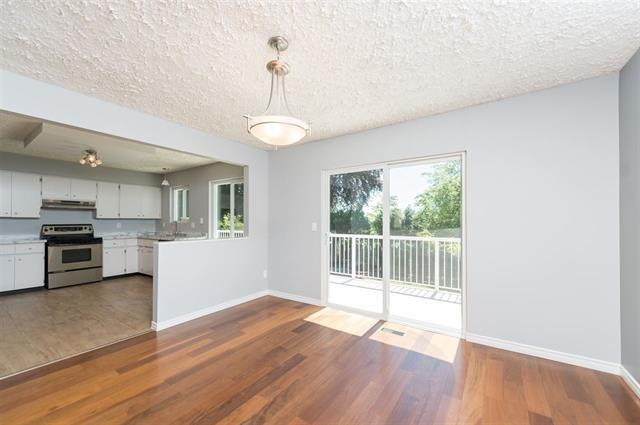 Detached at 245 E KINGS ROAD, North Vancouver, British Columbia. Image 6