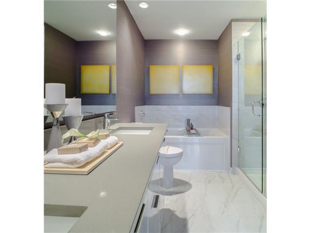 Condo Apartment at 601 9311 ALEXANDRA ROAD, Unit 601, Richmond, British Columbia. Image 2