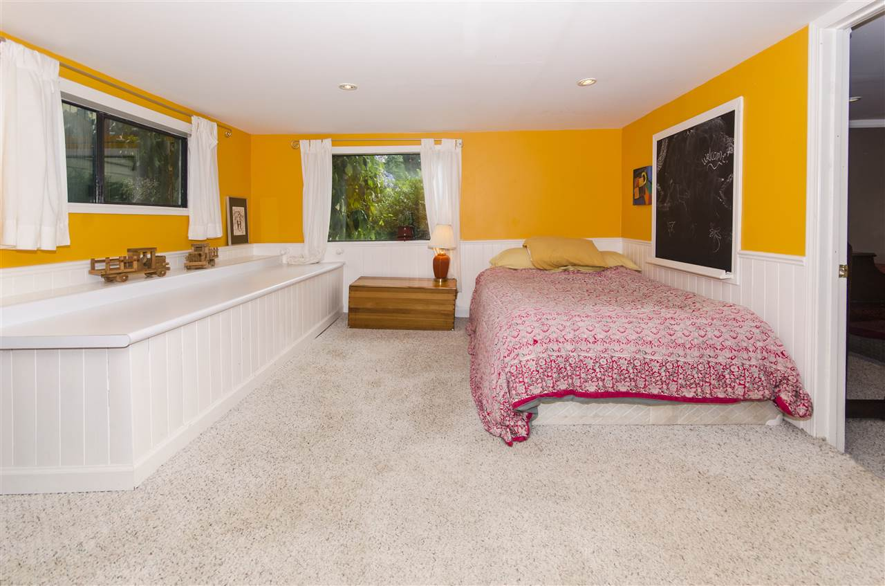 Detached at 328 W 25TH STREET, North Vancouver, British Columbia. Image 14