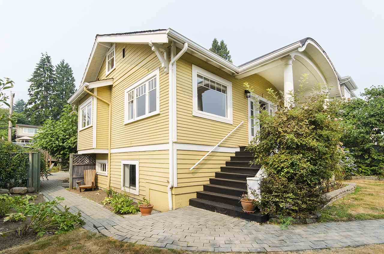 Detached at 328 W 25TH STREET, North Vancouver, British Columbia. Image 18