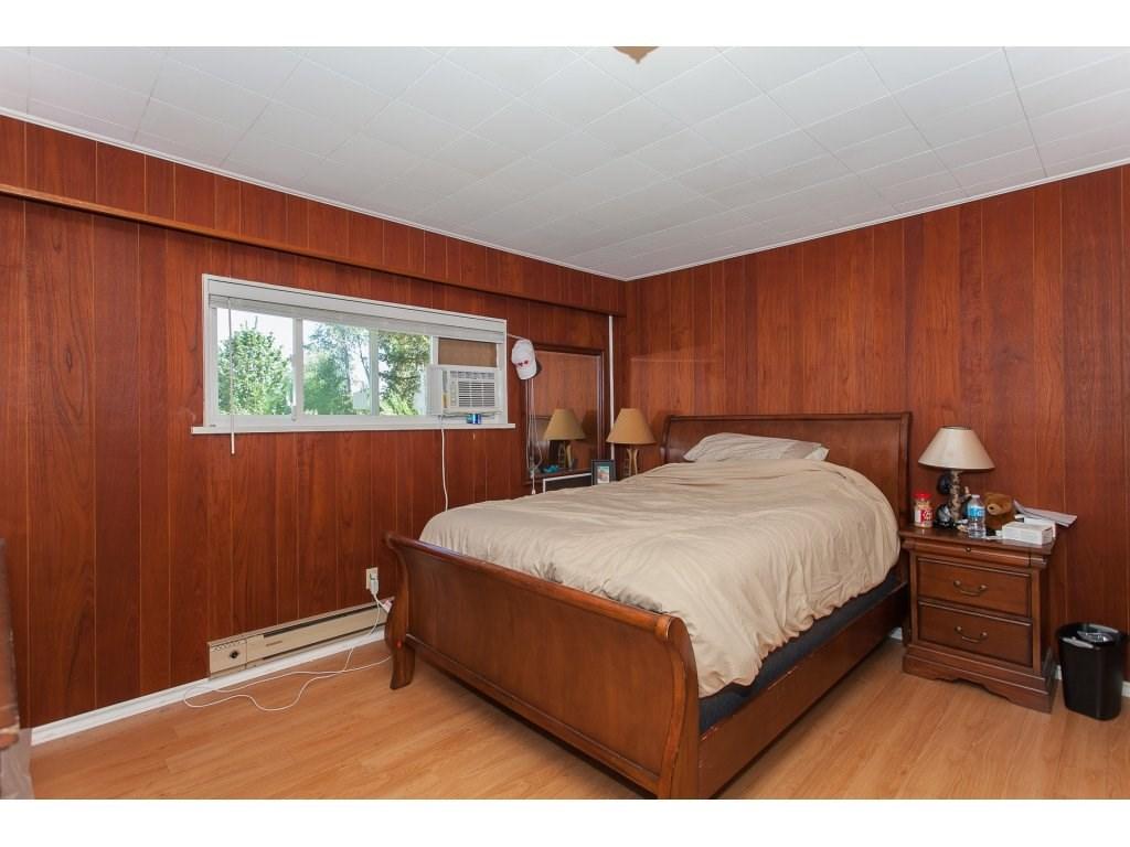 Detached at 8646 216 STREET, Langley, British Columbia. Image 8