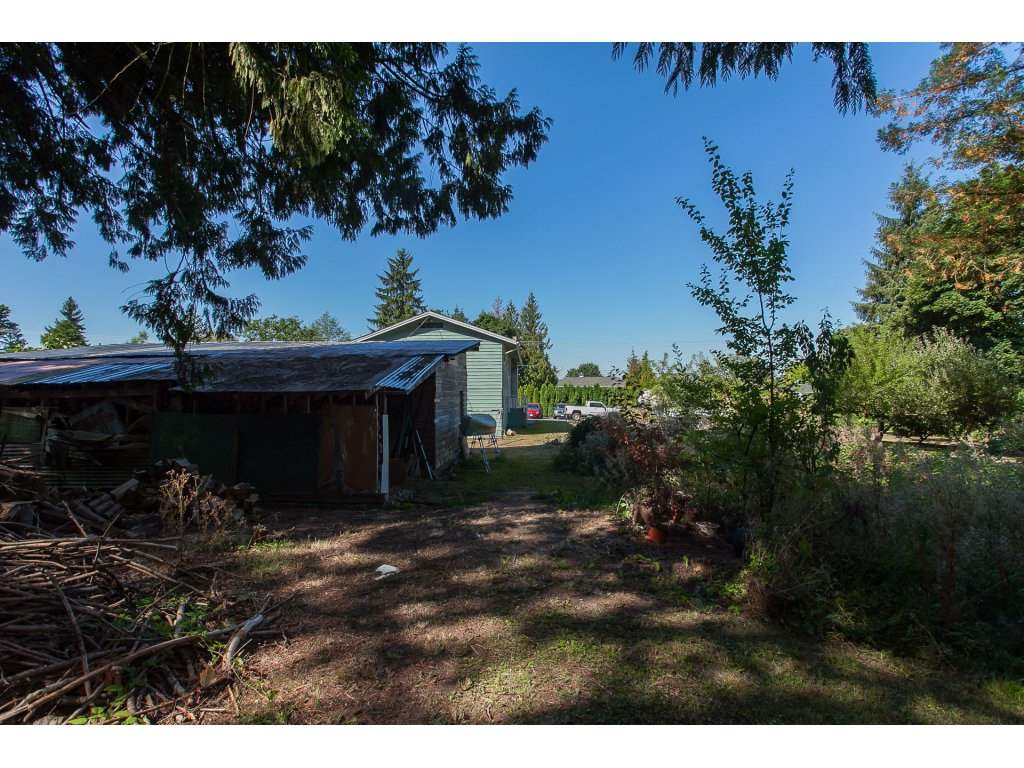 Detached at 8646 216 STREET, Langley, British Columbia. Image 18