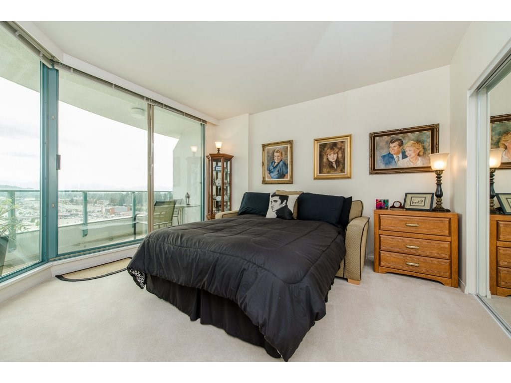 Condo Apartment at 1701 32330 S FRASER WAY, Unit 1701, Abbotsford, British Columbia. Image 17