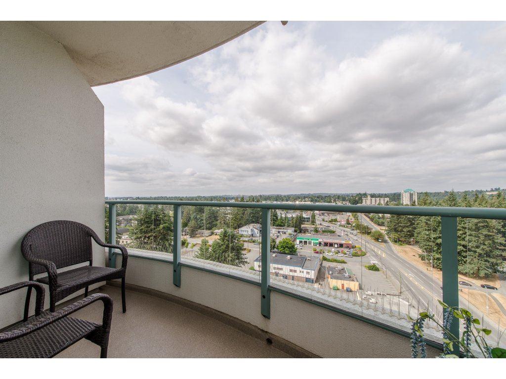 Condo Apartment at 1701 32330 S FRASER WAY, Unit 1701, Abbotsford, British Columbia. Image 19