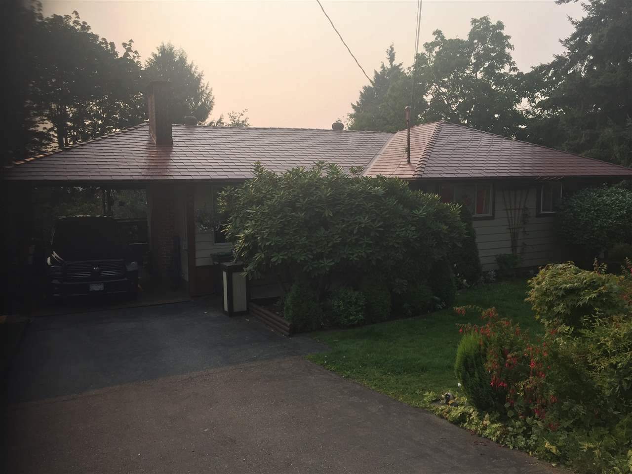 Detached at 260 FINNIGAN STREET, Coquitlam, British Columbia. Image 2