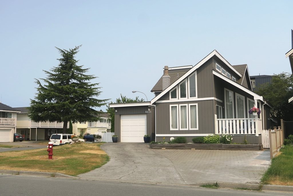 Detached at 6271 GOLDSMITH DRIVE, Richmond, British Columbia. Image 1