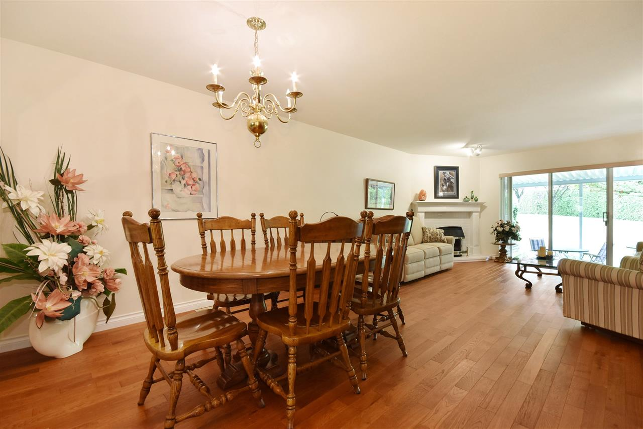 Townhouse at 25 2988 HORN STREET, Unit 25, Abbotsford, British Columbia. Image 2