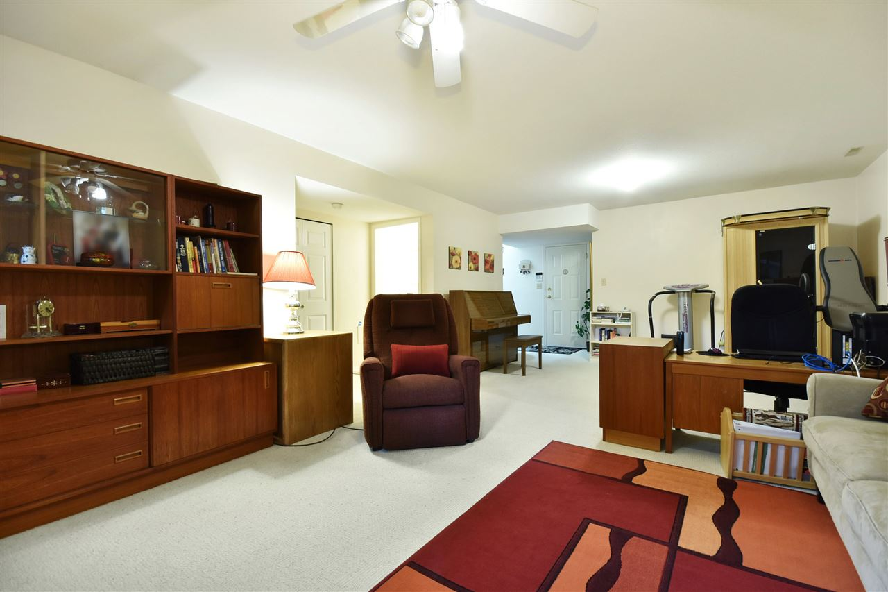 Townhouse at 25 2988 HORN STREET, Unit 25, Abbotsford, British Columbia. Image 16