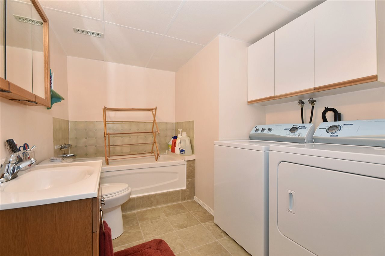 Townhouse at 25 2988 HORN STREET, Unit 25, Abbotsford, British Columbia. Image 18