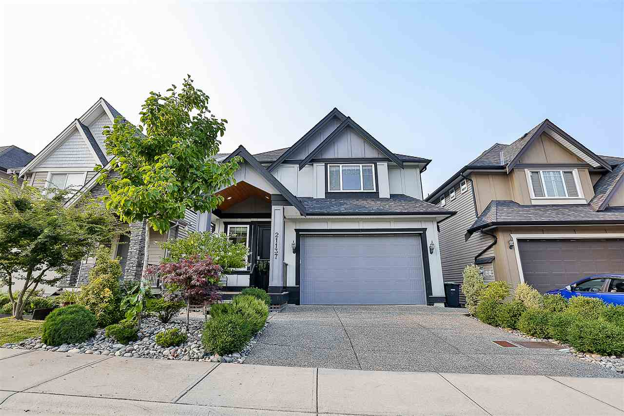 Detached at 21137 80A AVENUE, Langley, British Columbia. Image 1