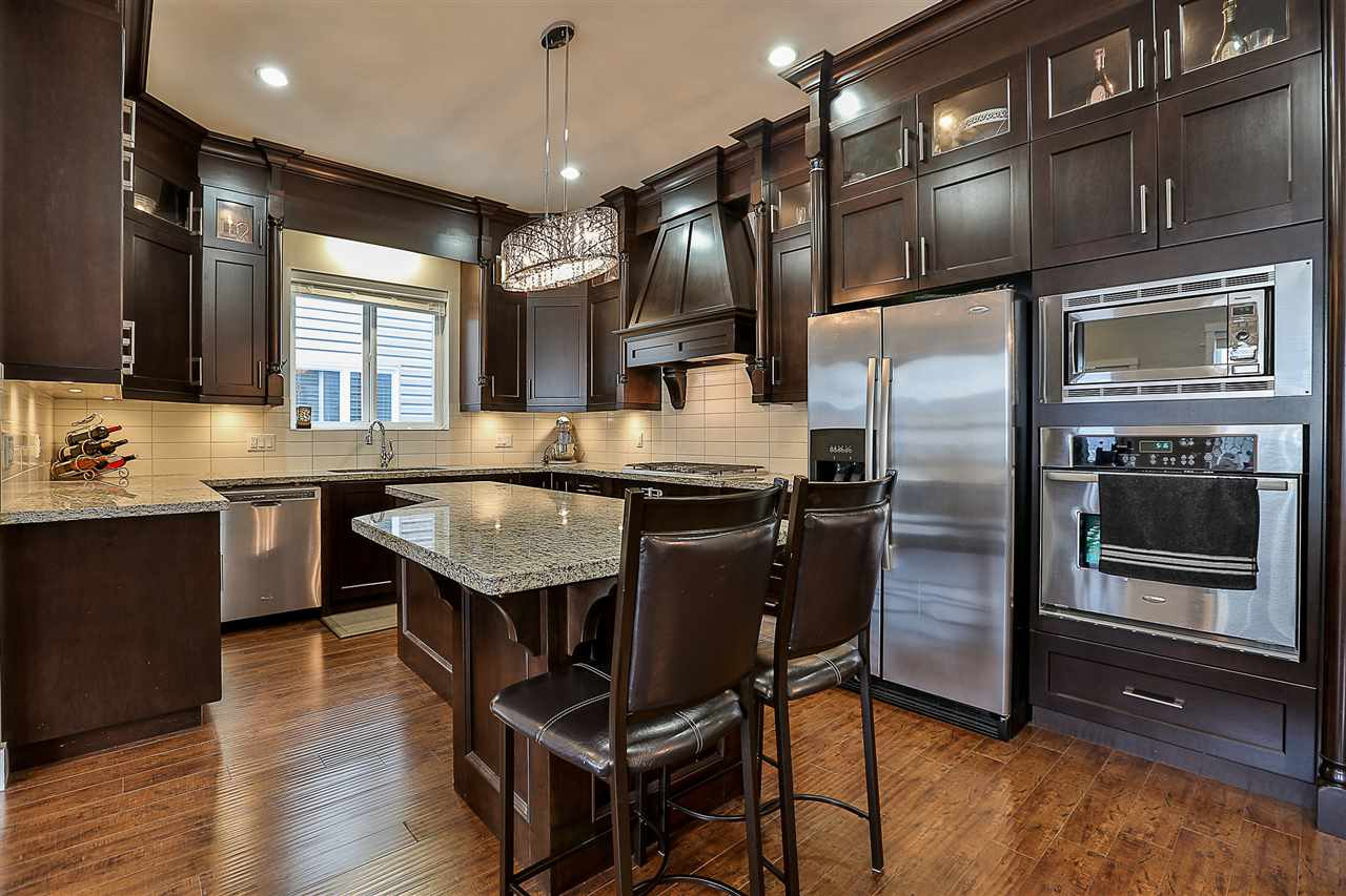Detached at 21137 80A AVENUE, Langley, British Columbia. Image 7