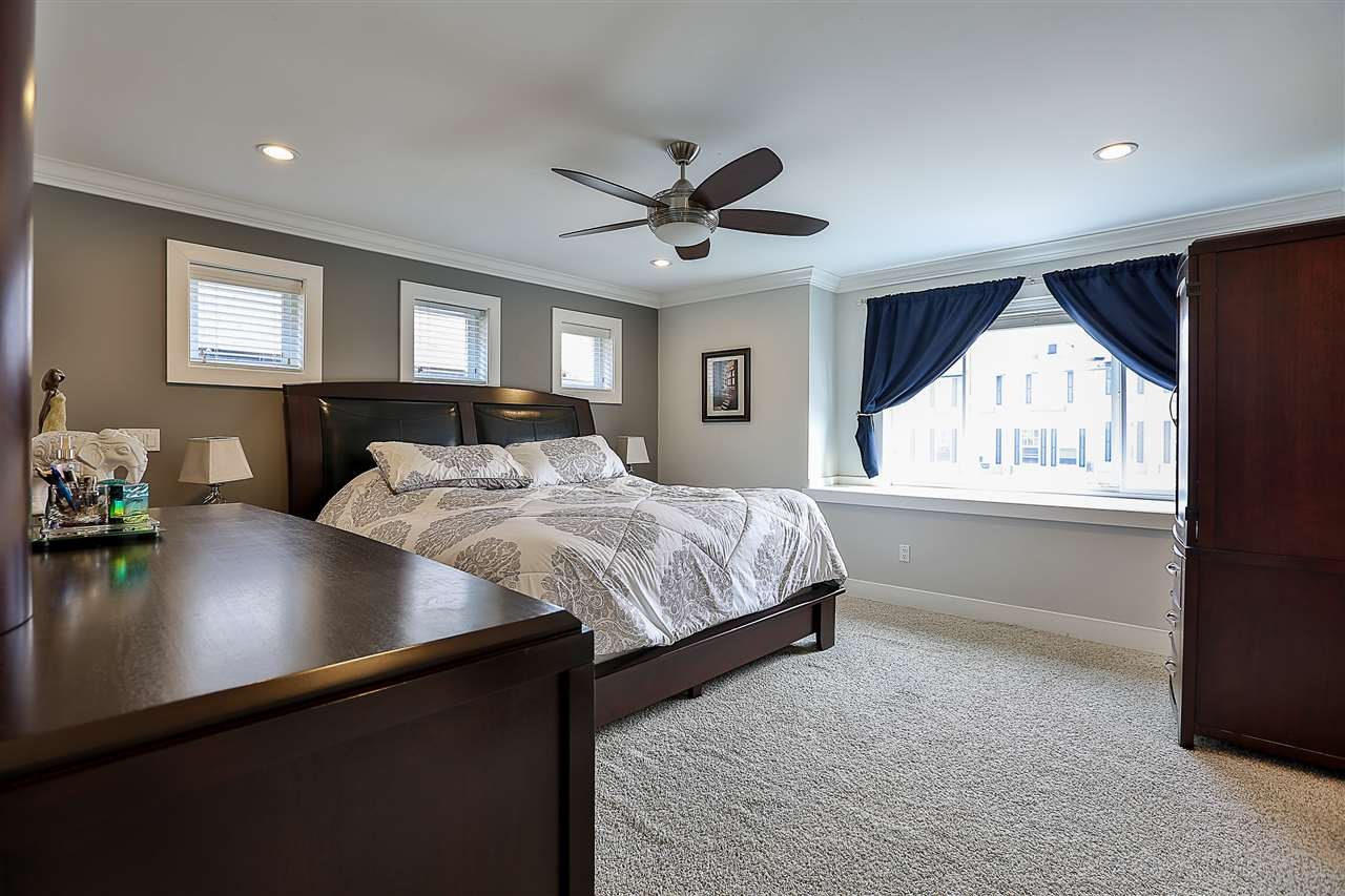 Detached at 21137 80A AVENUE, Langley, British Columbia. Image 11