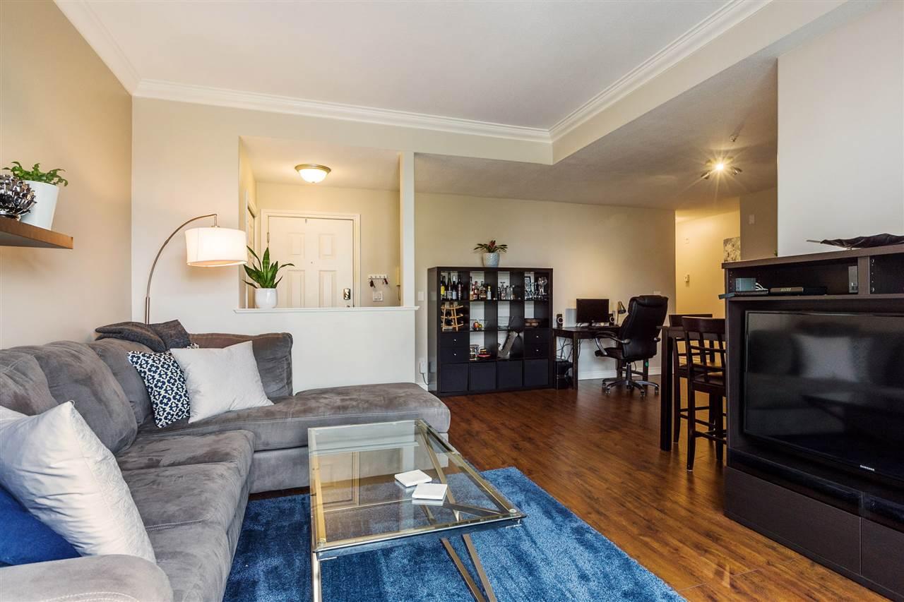 Condo Apartment at 402 20556 113 AVENUE, Unit 402, Maple Ridge, British Columbia. Image 3