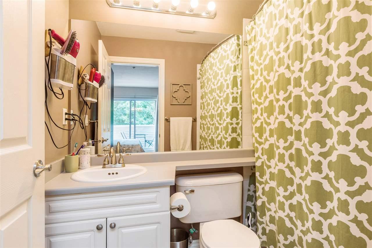 Condo Apartment at 402 20556 113 AVENUE, Unit 402, Maple Ridge, British Columbia. Image 8