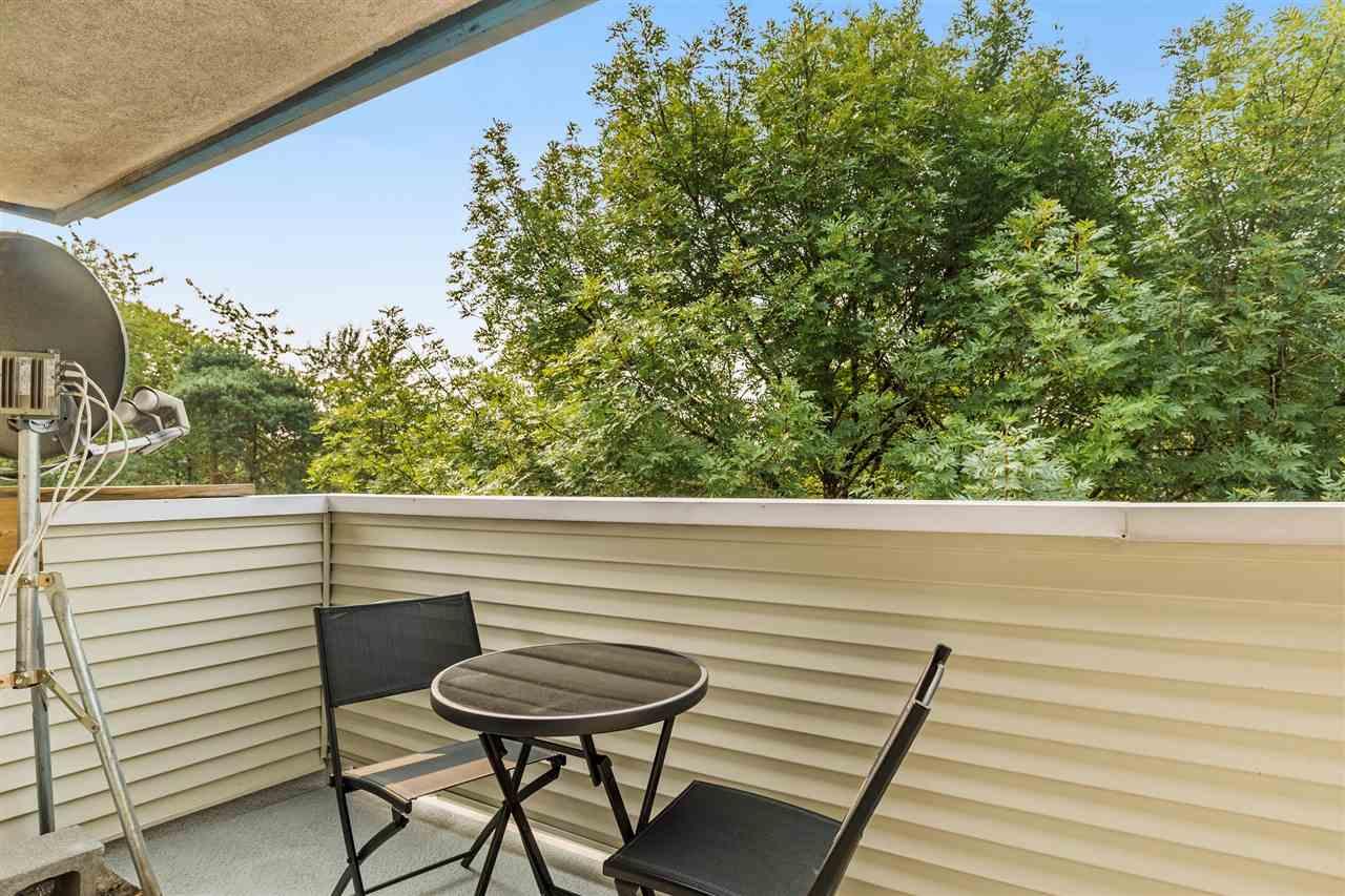 Condo Apartment at 402 20556 113 AVENUE, Unit 402, Maple Ridge, British Columbia. Image 9