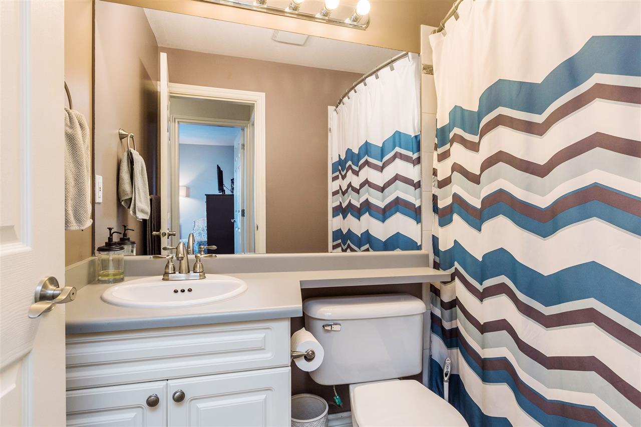 Condo Apartment at 402 20556 113 AVENUE, Unit 402, Maple Ridge, British Columbia. Image 11