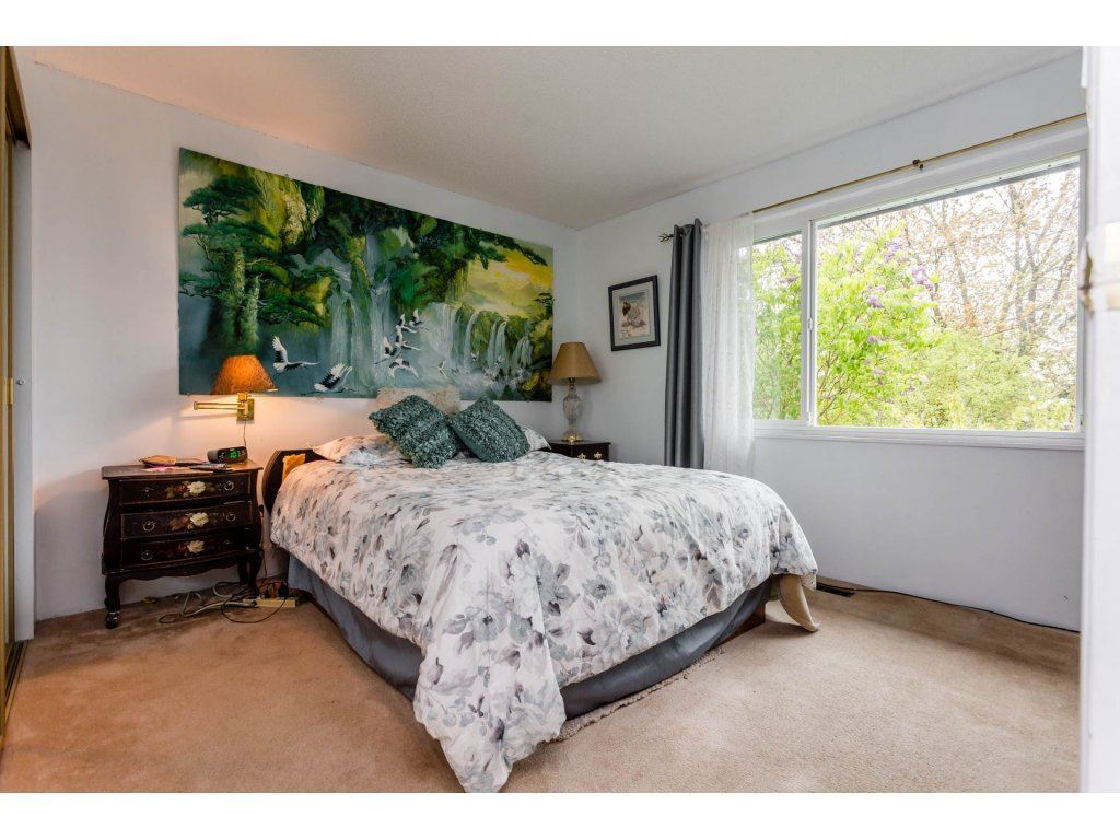 Detached at 17416 62A AVENUE, Cloverdale, British Columbia. Image 12