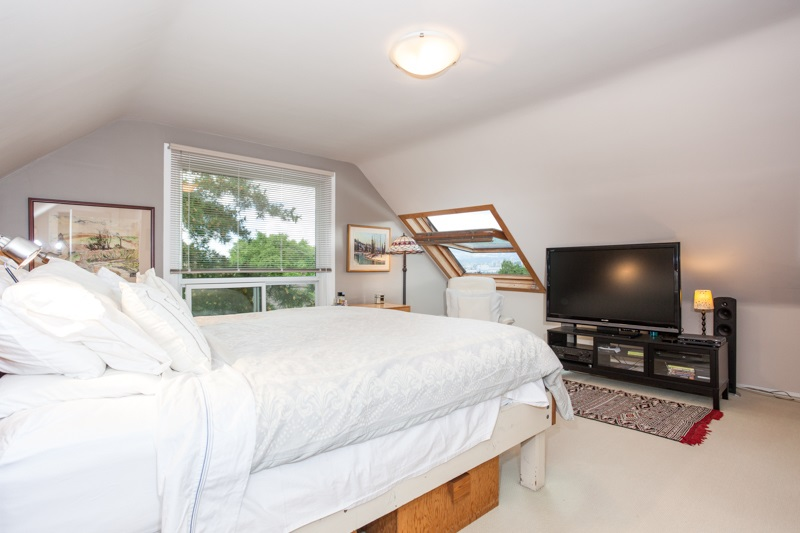 Detached at 2452 TRINITY STREET, Vancouver East, British Columbia. Image 12