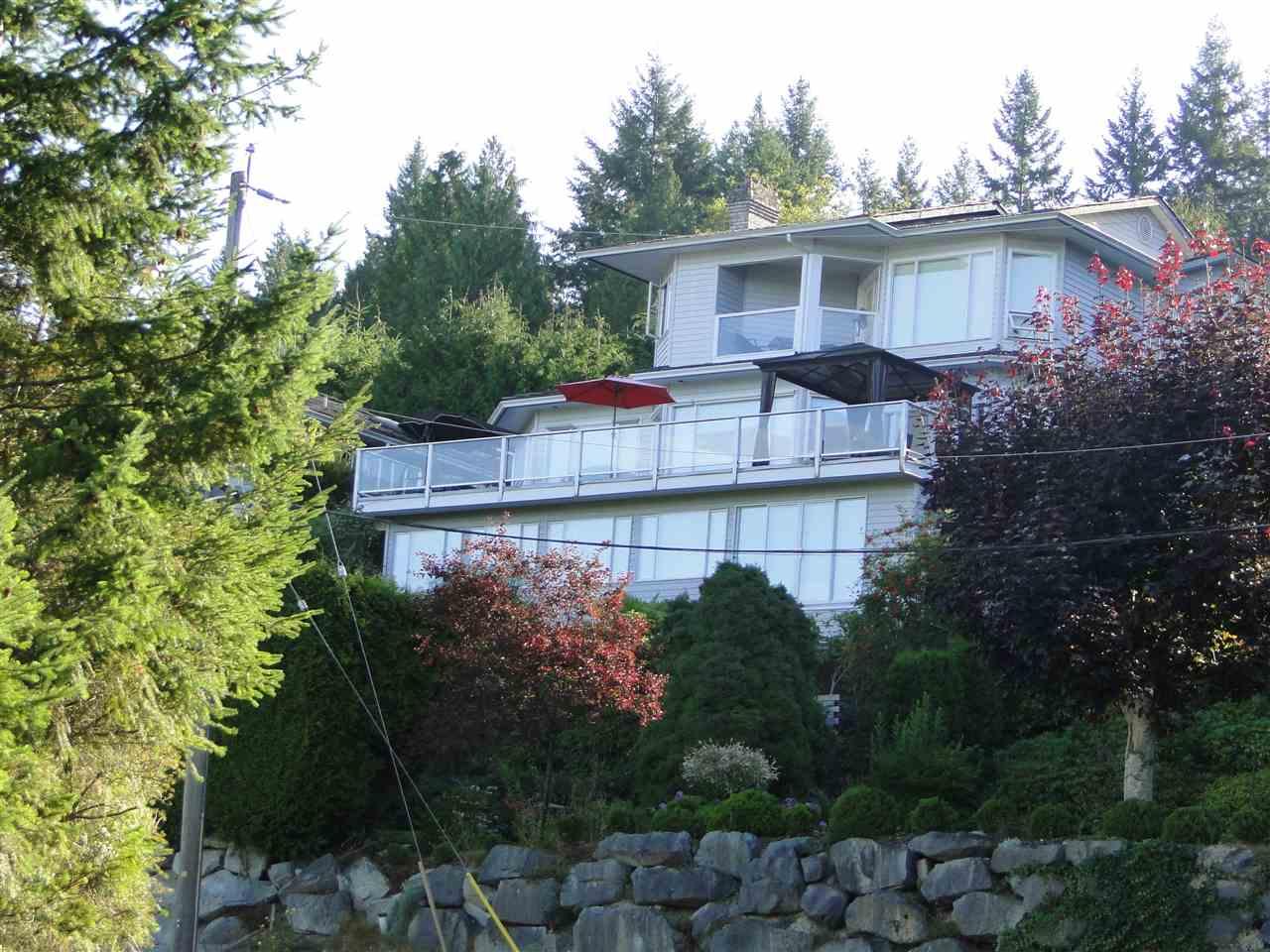 Detached at 5200 CHARTWELL ROAD, Sunshine Coast, British Columbia. Image 1