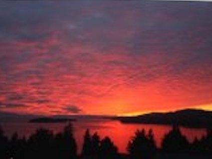 Detached at 5200 CHARTWELL ROAD, Sunshine Coast, British Columbia. Image 17