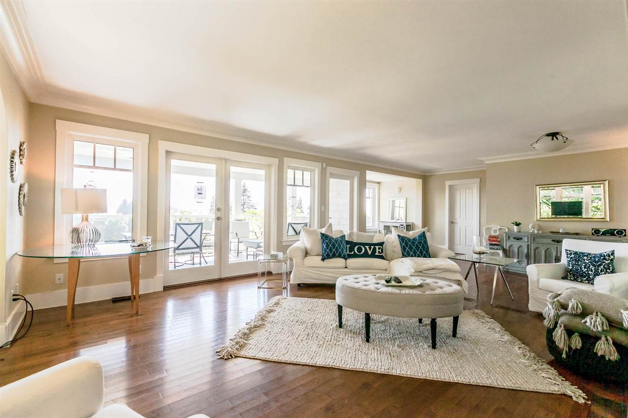 Detached at 2631 MARINE DRIVE, West Vancouver, British Columbia. Image 14