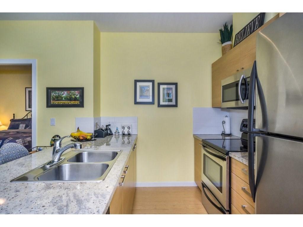 Condo Apartment at 108 18755 68 AVENUE, Unit 108, Cloverdale, British Columbia. Image 4