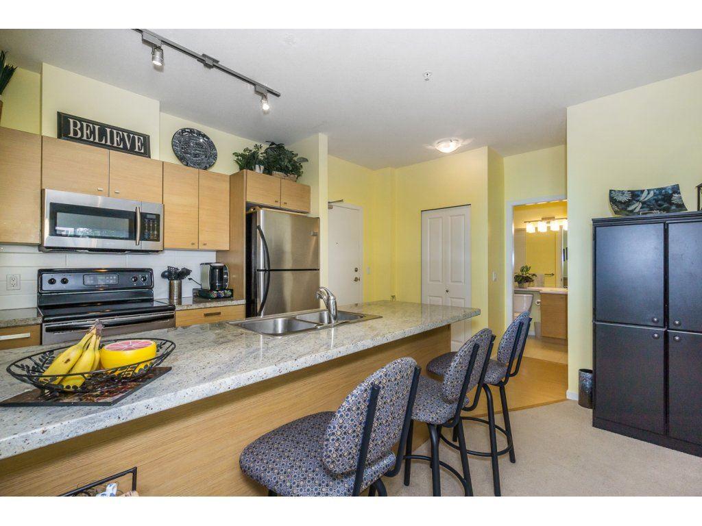 Condo Apartment at 108 18755 68 AVENUE, Unit 108, Cloverdale, British Columbia. Image 6