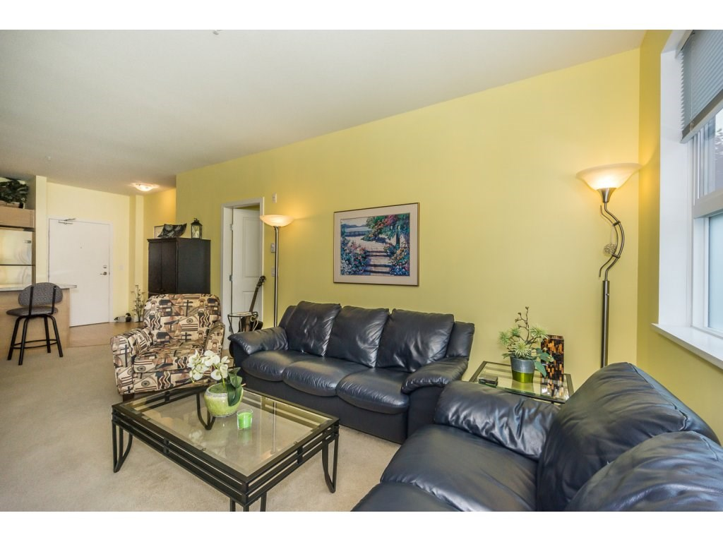 Condo Apartment at 108 18755 68 AVENUE, Unit 108, Cloverdale, British Columbia. Image 8